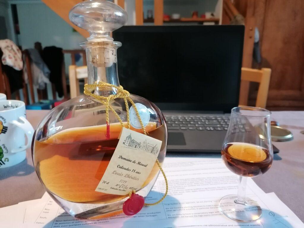 Calvados de la ferme du domaine de Merval